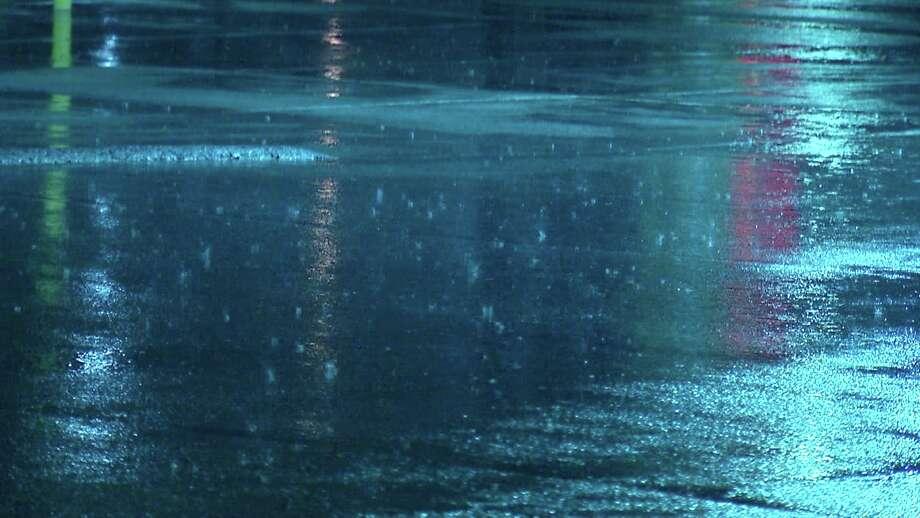 Storms cause flooding across San Antonio. Photo: Ken Branca