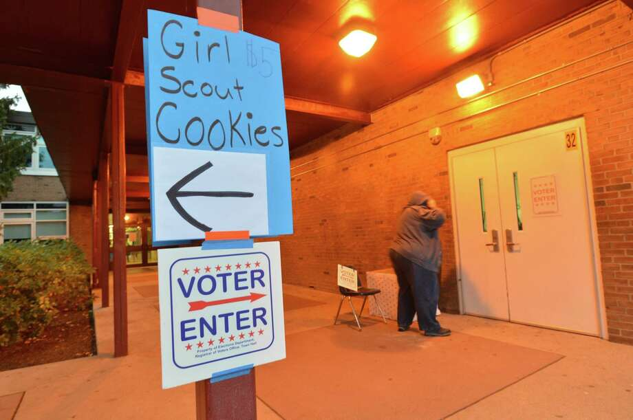 Residents head to the polls to vote on Election Day 2017 in Norwalk. Photo: File Photo / Norwalk Hour