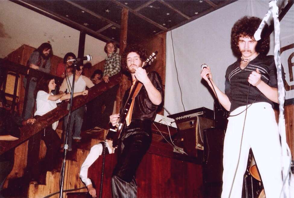 Kashmir plays Allen's in Glenville in 1979. (Credit Tony Jones)