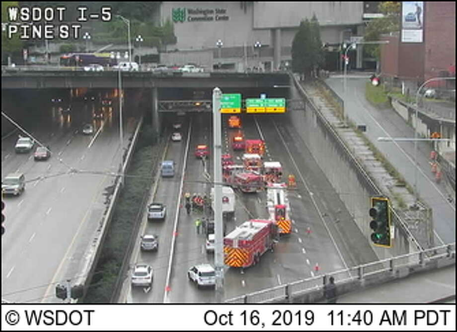 Traffic camera of a crash on Oct. 16, 2019 that blocked three lanes of traffic across Interstate 5 near the Seattle Convention Center. Photo: Washington State Department Of Transportation