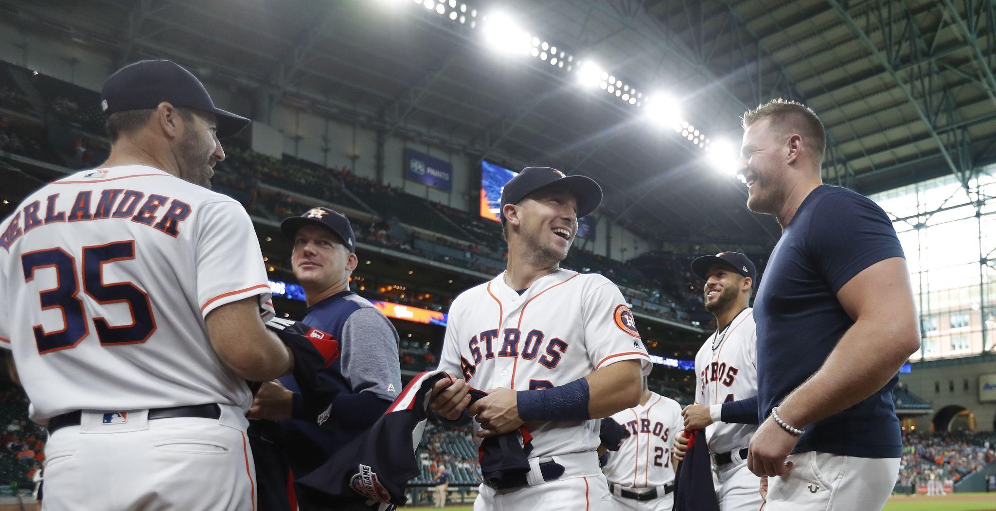 Texans' J.J. Watt bullish on Astros' chances