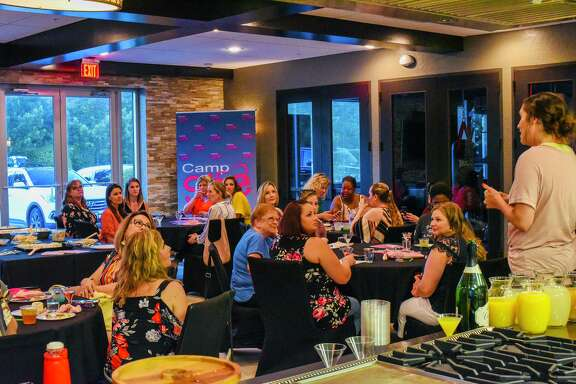 CampShe holds events every month with different themes so that women can prioritize themselves and just have fun.