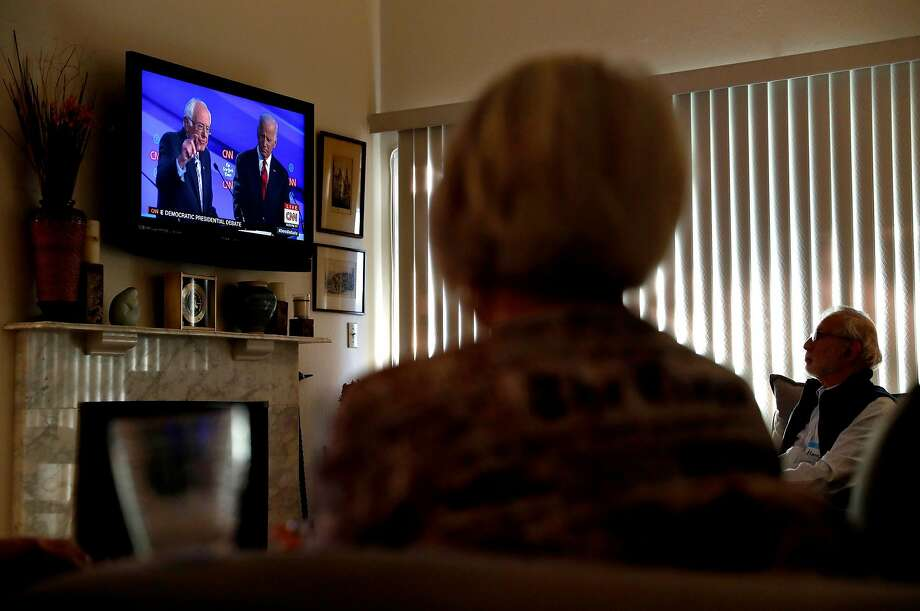 Community residents watch Democratic presidential debate at the home of Rossmoor Democratic Club President Katha Hartley in Walnut Creek, Calif., on Tuesday, October 15, 2019. Photo: Scott Strazzante / The Chronicle