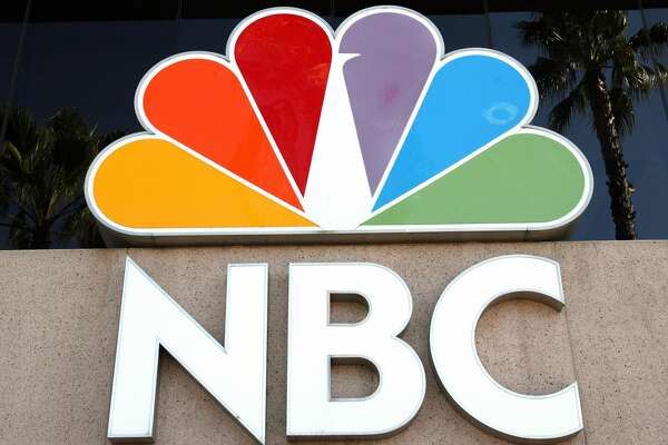 Burbank, UNITED STATES: Picture showing the logo of the NBC Television in front of the Channel building in Burbank, CA, 11 October 2006. AFP PHOTO GABRIEL BOUYS (Photo credit should read GABRIEL BOUYS/AFP/Getty Images)