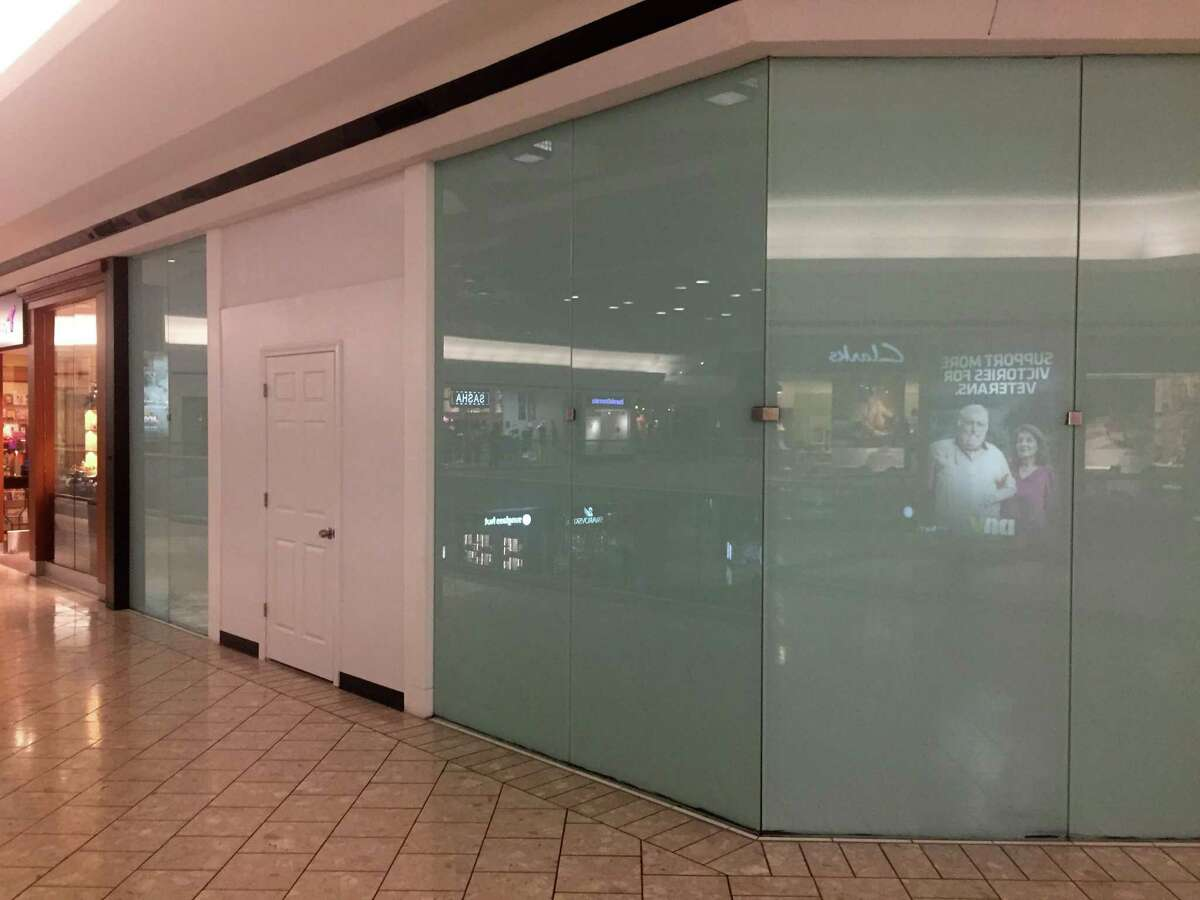 Pandora The jewelry store closed in the Stamford Town Center mall on Oct. 6, 2019.