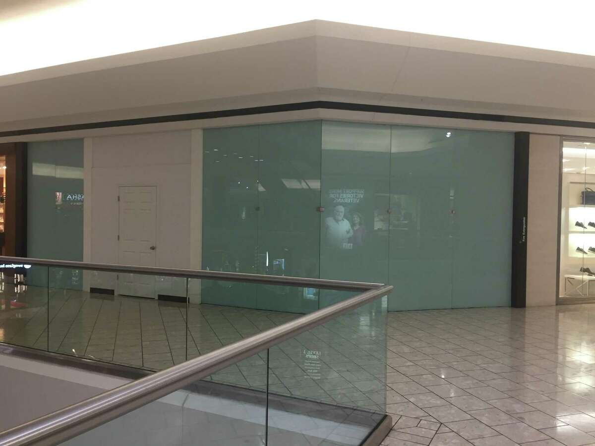 A now-vacant storefront on the fifth level of Stamford Town Center marks the former location of a Pandora jewelry store, which closed Oct. 6, 2019.