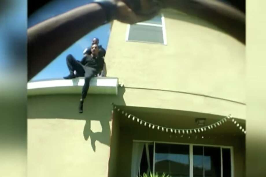 Yadiel Torres was pushed off a roof by Kissimmee Police Officer Plenio Massiah. Photo: Kissimmee Police Dept.
