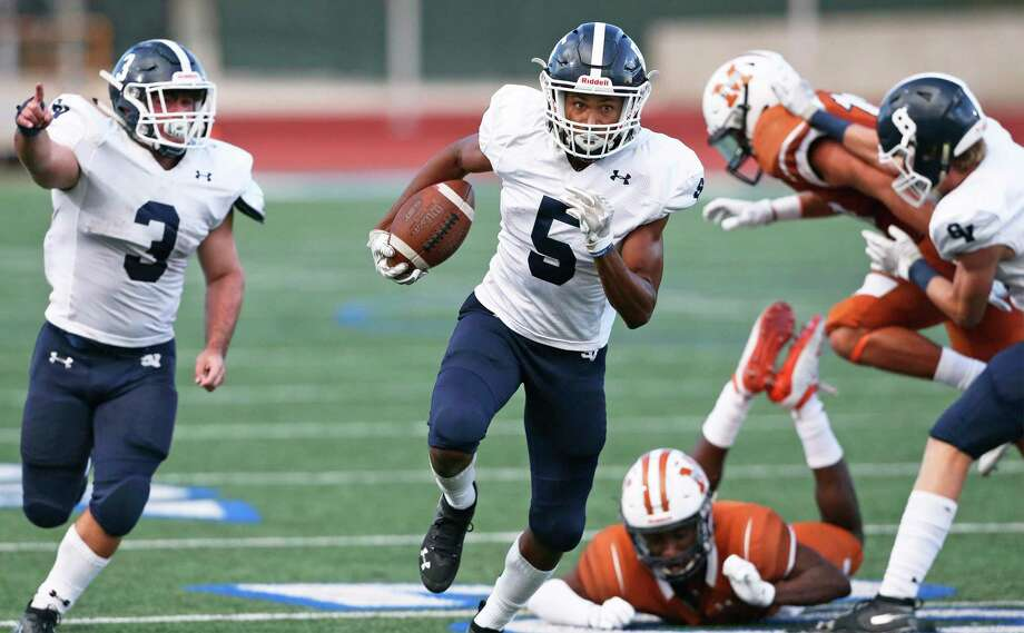 Smithson Valley senior Greg Eggleston is a big-play threat both as a receiver and as a runner. Photo: Tom Reel /Staff Photographer / 2019 SAN ANTONIO EXPRESS-NEWS