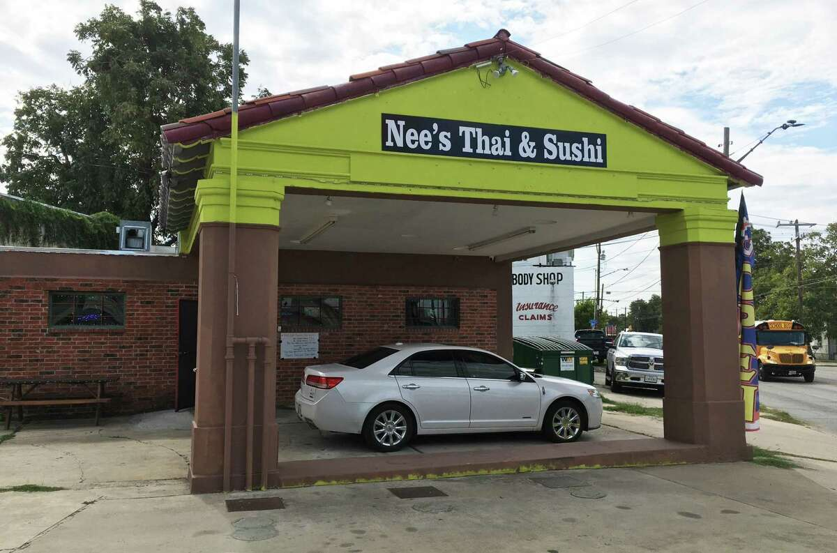 Nee's Thai & Sushi opened in September at 1502 E. Commerce St.