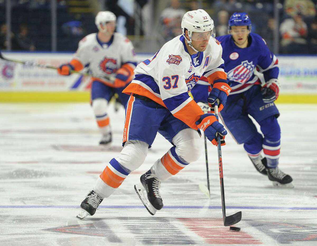 The Sound Tigers' Steve Bernier returned to practice on Thursday after missing three games.