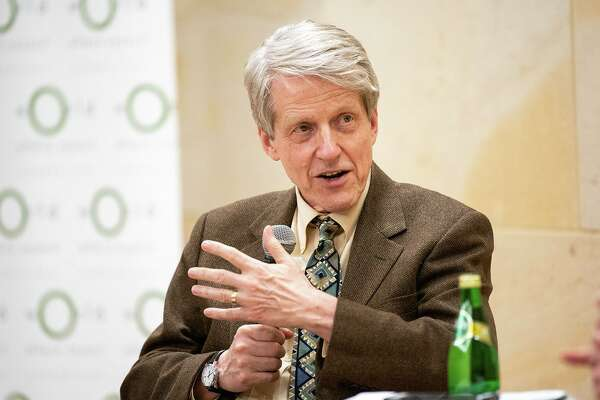 """Yale University economist Robert Shiller, winner of the Nobel Prize in 2013, talked about the role of narrative storytelling in the economy at the Mark Twain House in Hartford on Wednesday. Shiller's new book is """"Narrative Economics: How Stories go Viral and Drive Major Economic Events."""""""