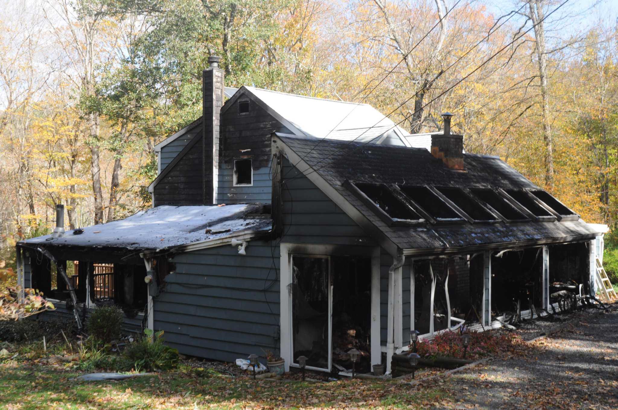 Fire leaves Ridgefield home 'uninhabitable'