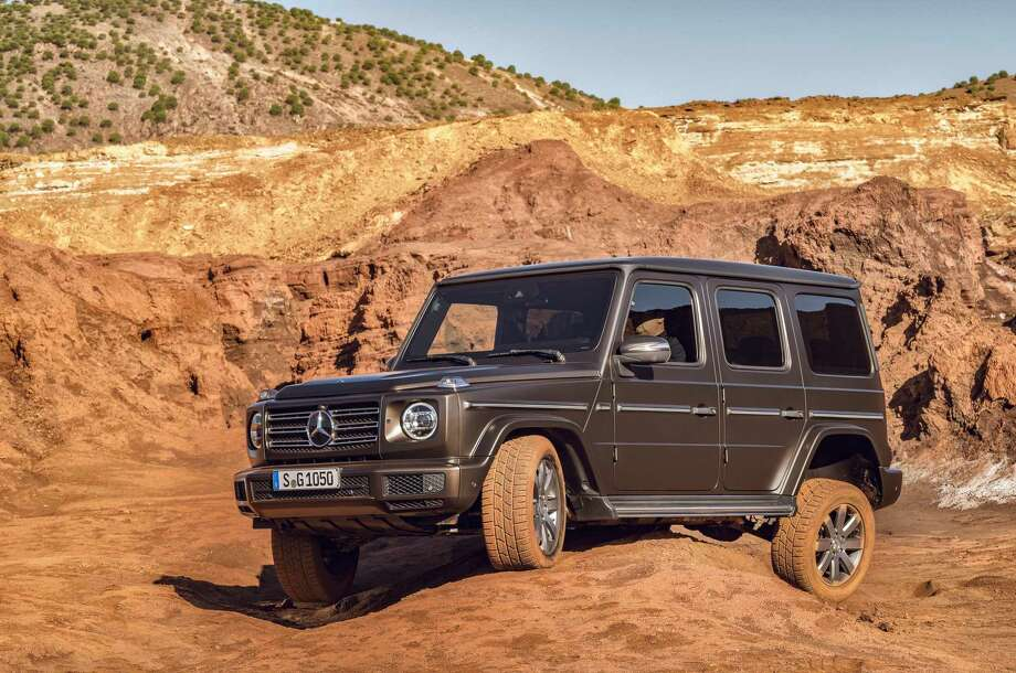 """The new suspension, the Dynamic Select driving modes, the """"G-Mode"""" and the three 100-percent differential locks enhance not only ride comfort but also agility — on any surface. Photo: Daimler AG - Global Communications Mercedes-Benz Cars / press photo, do not use for advertising purposes"""