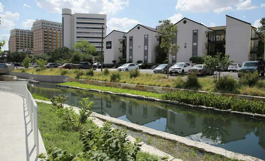 San Antonio is continually growing, especially in this past decade as more than 47,000 new apartments have been built in the Alamo City from 2010 to 2019, according to a report from an online apartment service. Photo: Kin Man Hui, Staff / Staff Photographer / ©2019 San Antonio Express-News