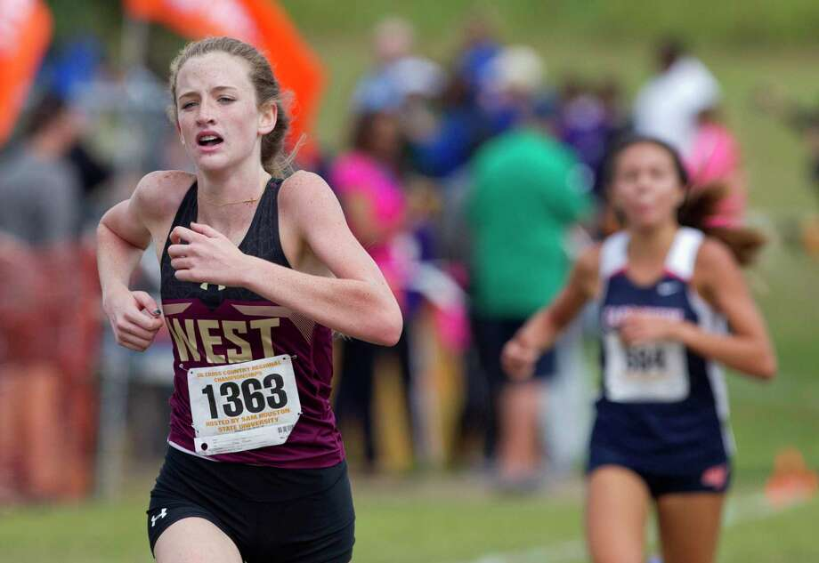 Peyton McQuillan, pictured during the 2018 Region III-5A cross country meet, placed second at the meet in 2019 and led Magnolia West to a fourth-place finish and state berth. Photo: Jason Fochtman, Houston Chronicle / Staff Photographer / © 2018 Houston Chronicle
