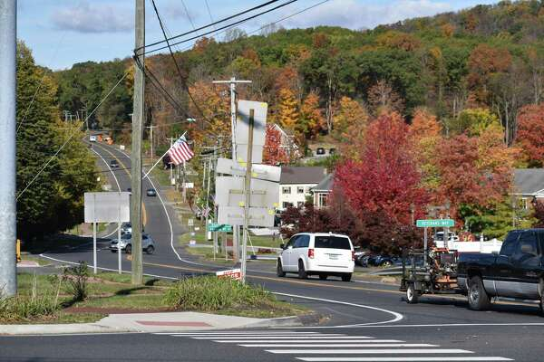 View down Route 37 in New Fairfield, Conn.