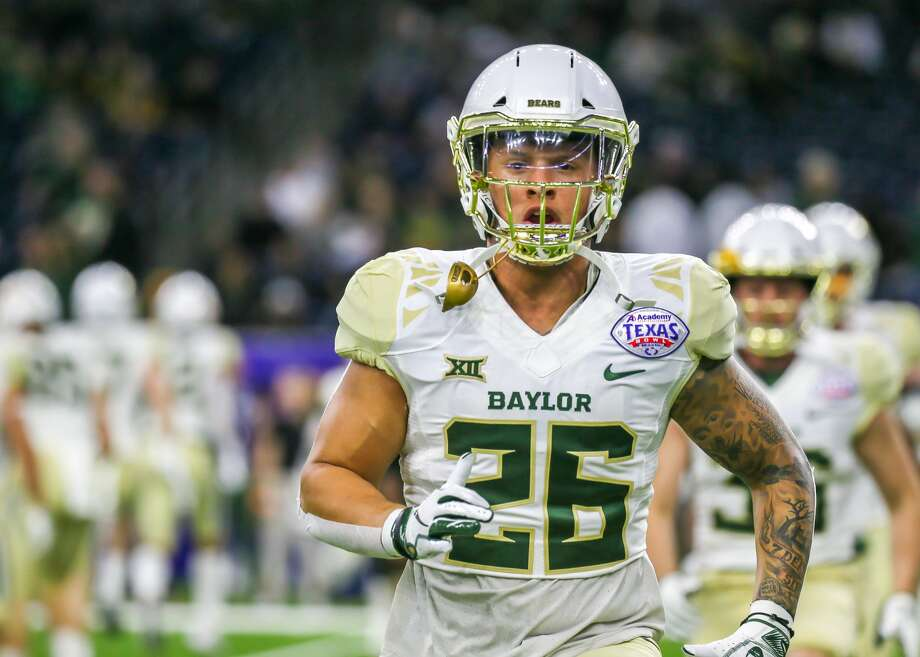 HOUSTON, TX - DECEMBER 27:  Baylor Bears linebacker Terrel Bernard (26) warms up during the Texas Bowl football game between the Baylor Bears and Vanderbilt Commodores on December 27, 2018 at NRG Stadium in Houston, Texas.  (Photo by Leslie Plaza Johnson/Icon Sportswire via Getty Images) Photo: Icon Sportswire/Icon Sportswire Via Getty Images