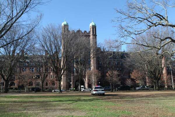 Yale University received $662.8 million in donations in 2018-19.