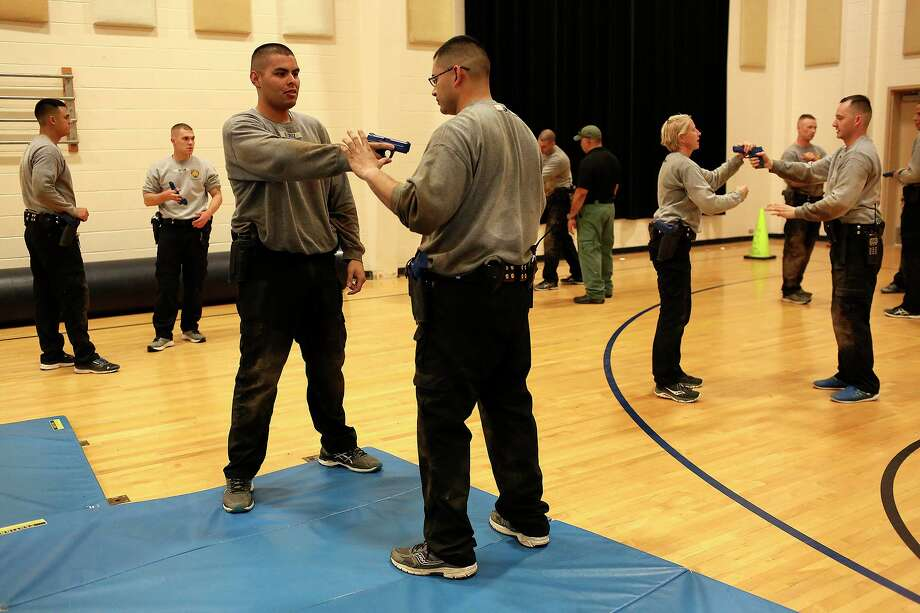 In 2017, cadets run through a gun evasion exercise at the San Antonio Police Training Academy.  The tragic shooting of Atatiana Jefferson should never have happened, a reader says, and reflects the need for such police  training. Photo: Lisa Krantz /Staff File Photo / SAN ANTONIO EXPRESS-NEWS