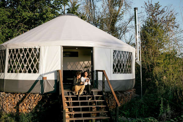 The yurt, located just twenty minutes outside of downtown Portland, is an Eagle Yurt by Rainier Outdoor, measuring a little more than thirty feet in diameter.