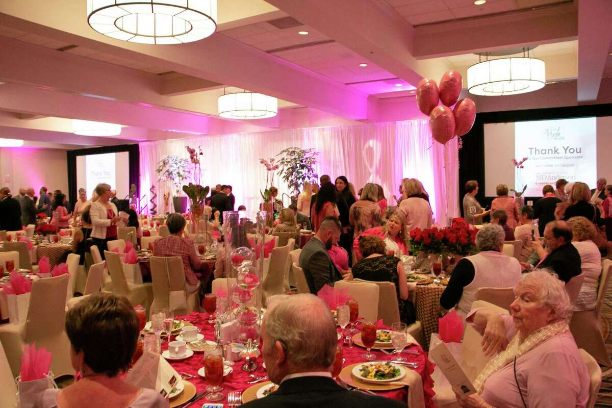 The 12th annual In the Pink of Health Luncheon was held at Grand Ballroom Houston Airport Marriott Hotel at George Bush Intercontinental on Oct. 18 with hundreds in attendance.