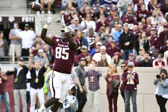 COLLEGE STATION, TEXAS - OCTOBER 12: Tight end Jalen Wydermyer #85 of the Texas A&M Aggies catches a pass that went for a touchdown in the third quarter during the game against Alabama Crimson Tide at Kyle Field on October 12, 2019 in College Station, Texas. (Photo by Logan Riely/Getty Images)