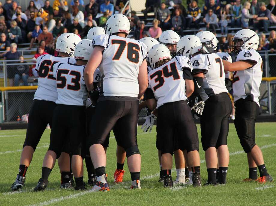 The Harbor Beach Pirates claimed the Greater Thumb West title with their 41-20 win over Sandusky on Friday night. Photo: Tribune File Photo