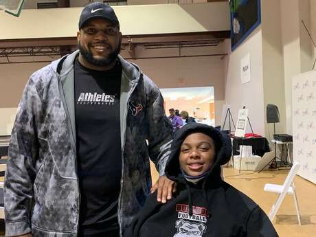 """Fort Bend Austin fpptball player Jordyn Hawkins, who suffered a spinal cord injury making a tackle during a game in September, is one of the athletes former Texan Anthony Hill met at TIRR Memorial Hermann. Hill said he was """"very honored"""" to to speak with fellow patients patients like Hawkins."""