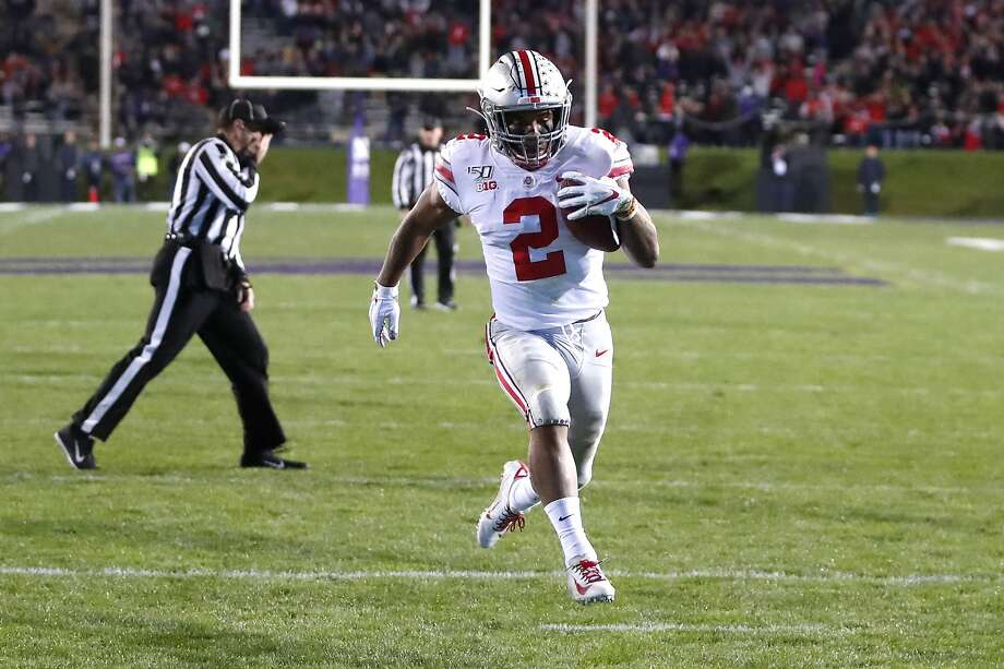 No. 4 Ohio State overwhelms Northwestern 52-3