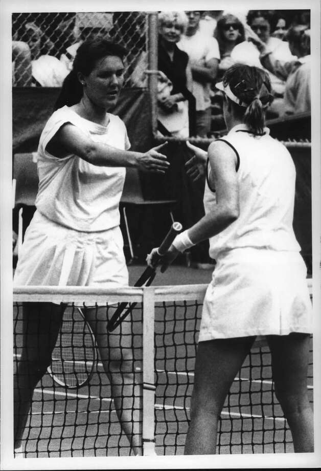 OTB Open Tennis Finals, Schenectady, New York - Terry Phelps offers shake to Gretchen Magers at the net. July 24, 1988 (Tom LaPoint/Times Union Archive) Photo: Tom LaPoint, Times Union Historic Images / Times Union
