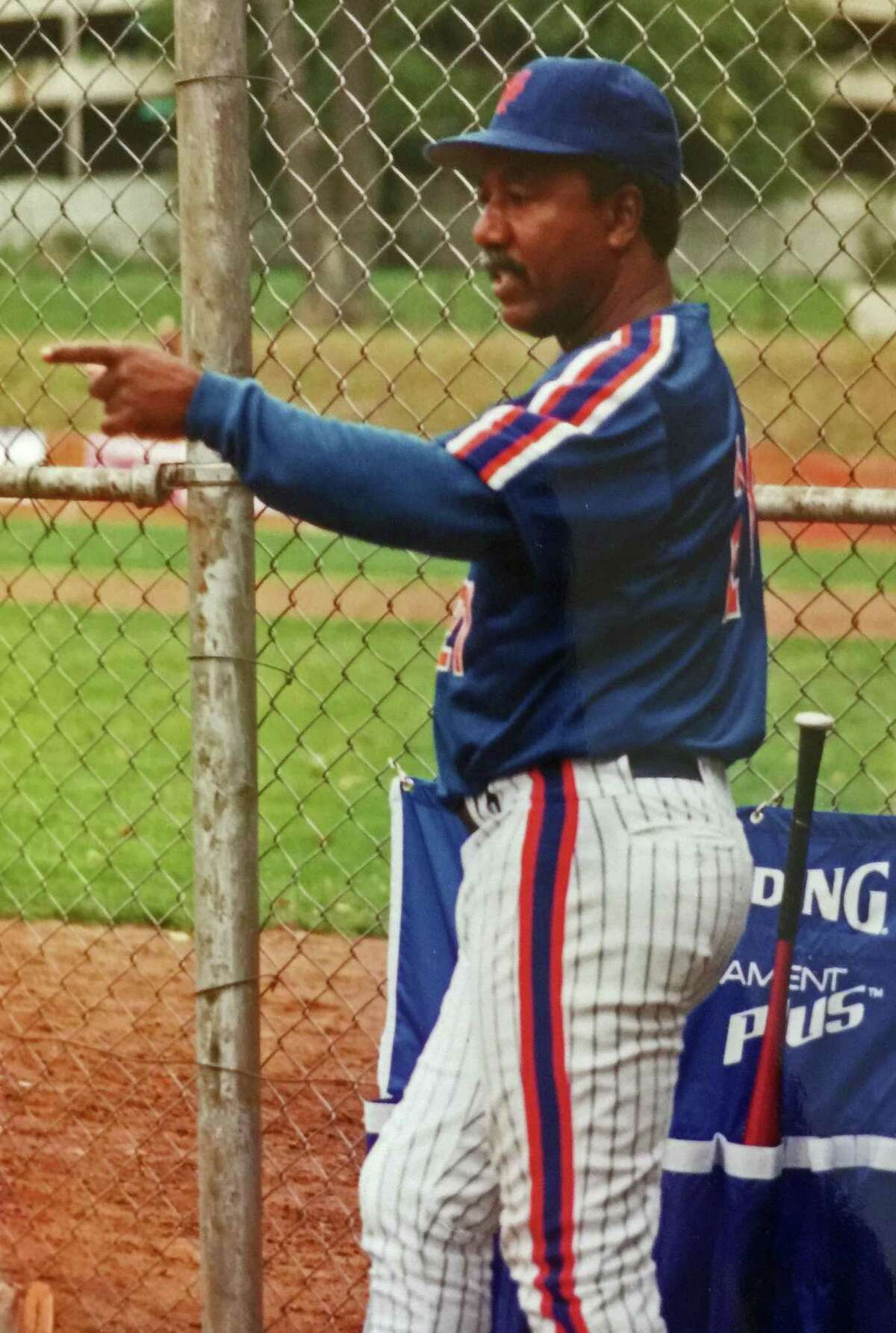 Cleon Jones, a member of the 1969 New York Mets, during a charity softball game at Havemeyer Field in Greenwich, Conn., on Sept. 24, 1994.