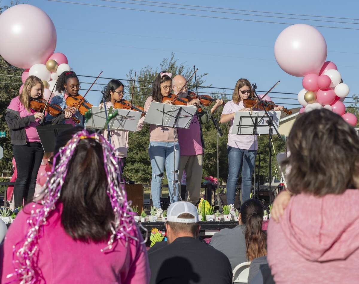 Members of the Young Women's Leadership Academy perform 10/19/19 during the annual Pink the Park Breast Cancer Awareness at Grafa Park. Tim Fischer/Reporter-Telegram