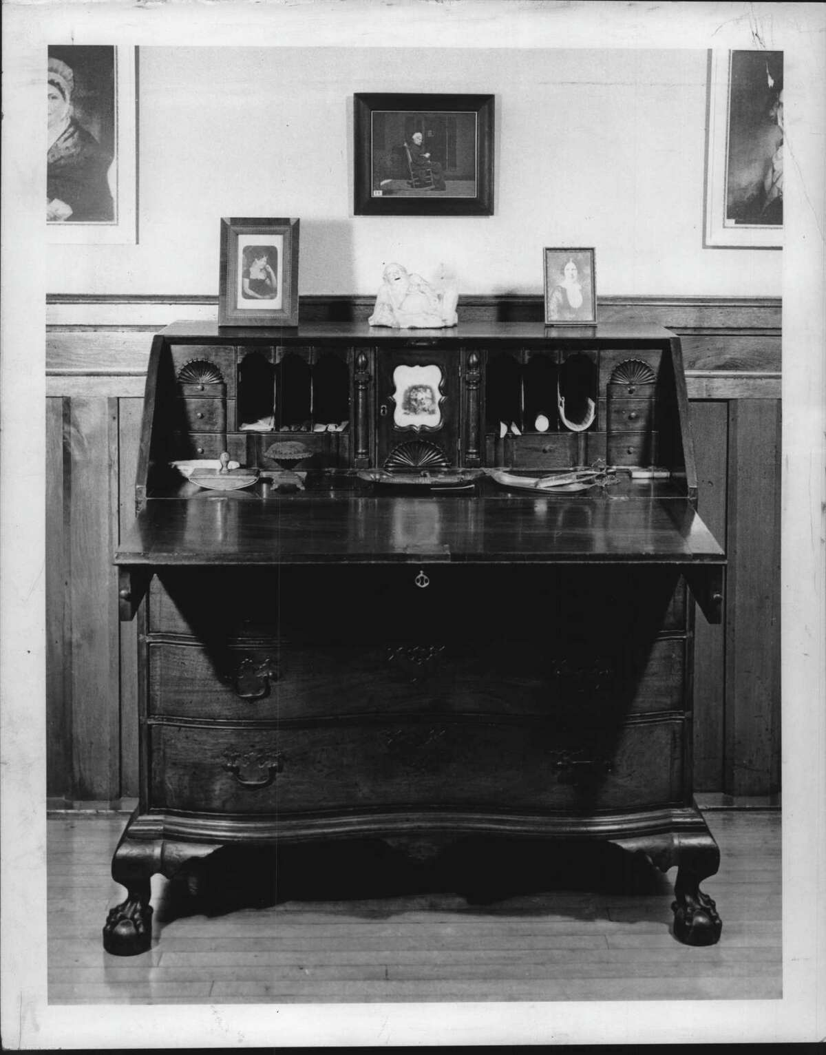 Herman Melville desk in Pittsfield, Massachusetts. June 1961 (William H. Tague/Times Union Archive)