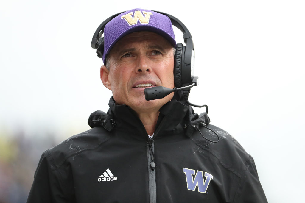 Huskies' head coach Chris Petersen steps down; Jimmy Lake announced as successor
