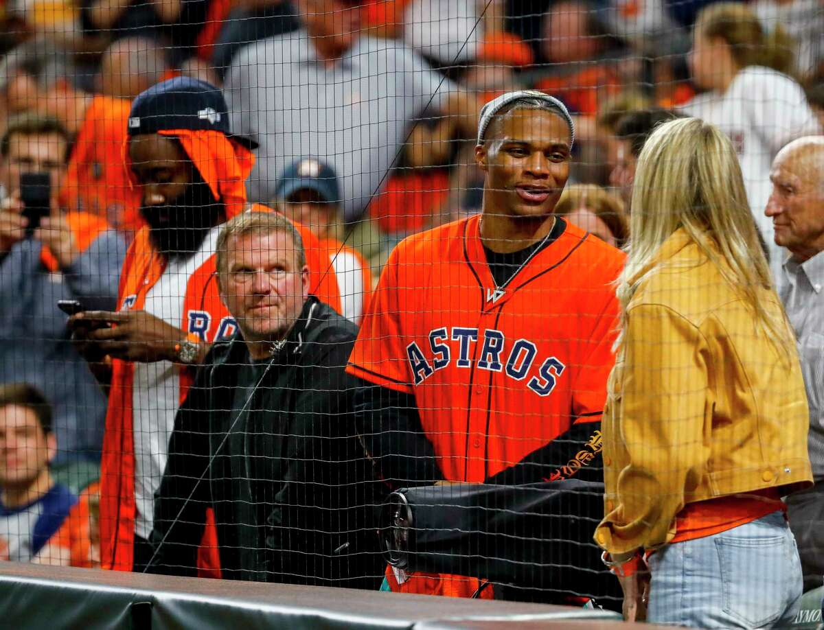 >>> Check out which Houston-area celebrities you might see at Game 1 of the World Series between the Nationals and the Astros.You can also see which famous fans of the Nationals might make the trip to Minute Maid Park.