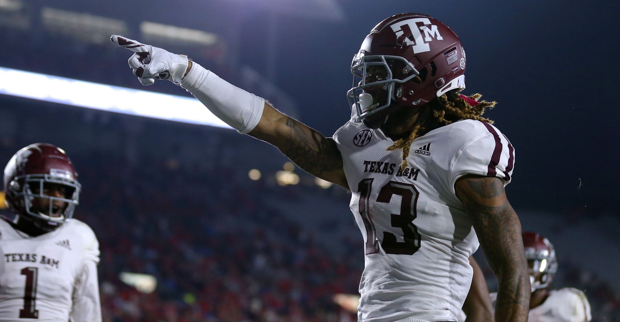 Texas A&M grinds out win over Mississippi