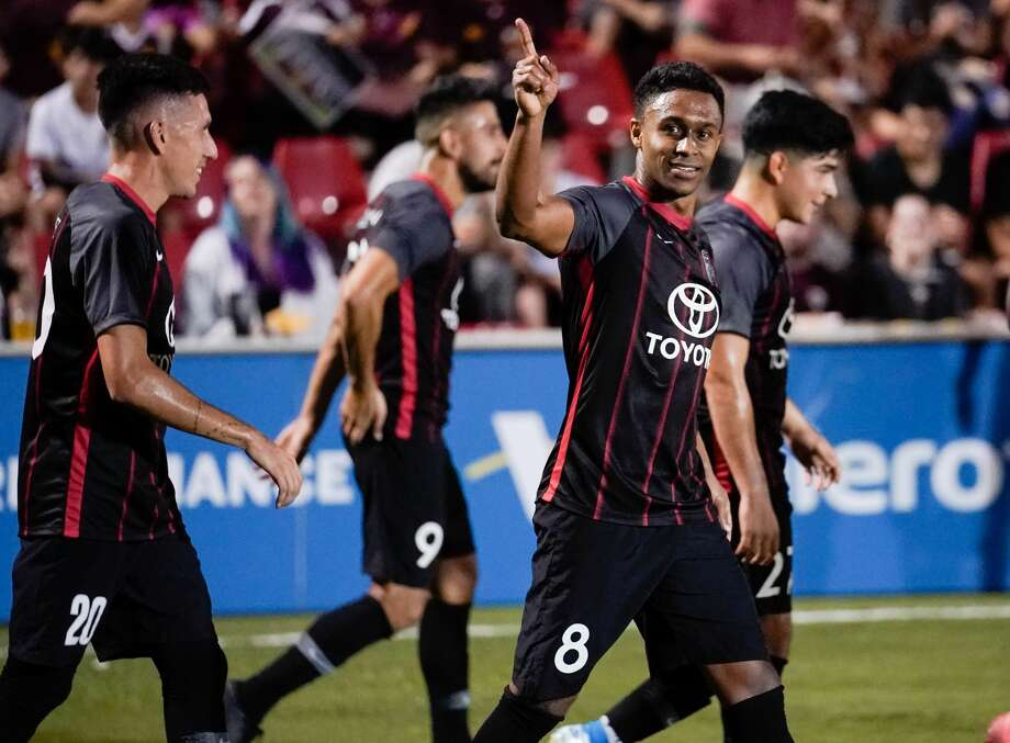 San Antonio FC couldn't hold on to a two-goal lead in the second half and played to a 2-2 tie with Colorado Springs Switchbacks FC. The result eliminated the local team from the United Soccer League playoffs. Photo: Darren Abate/Contributor