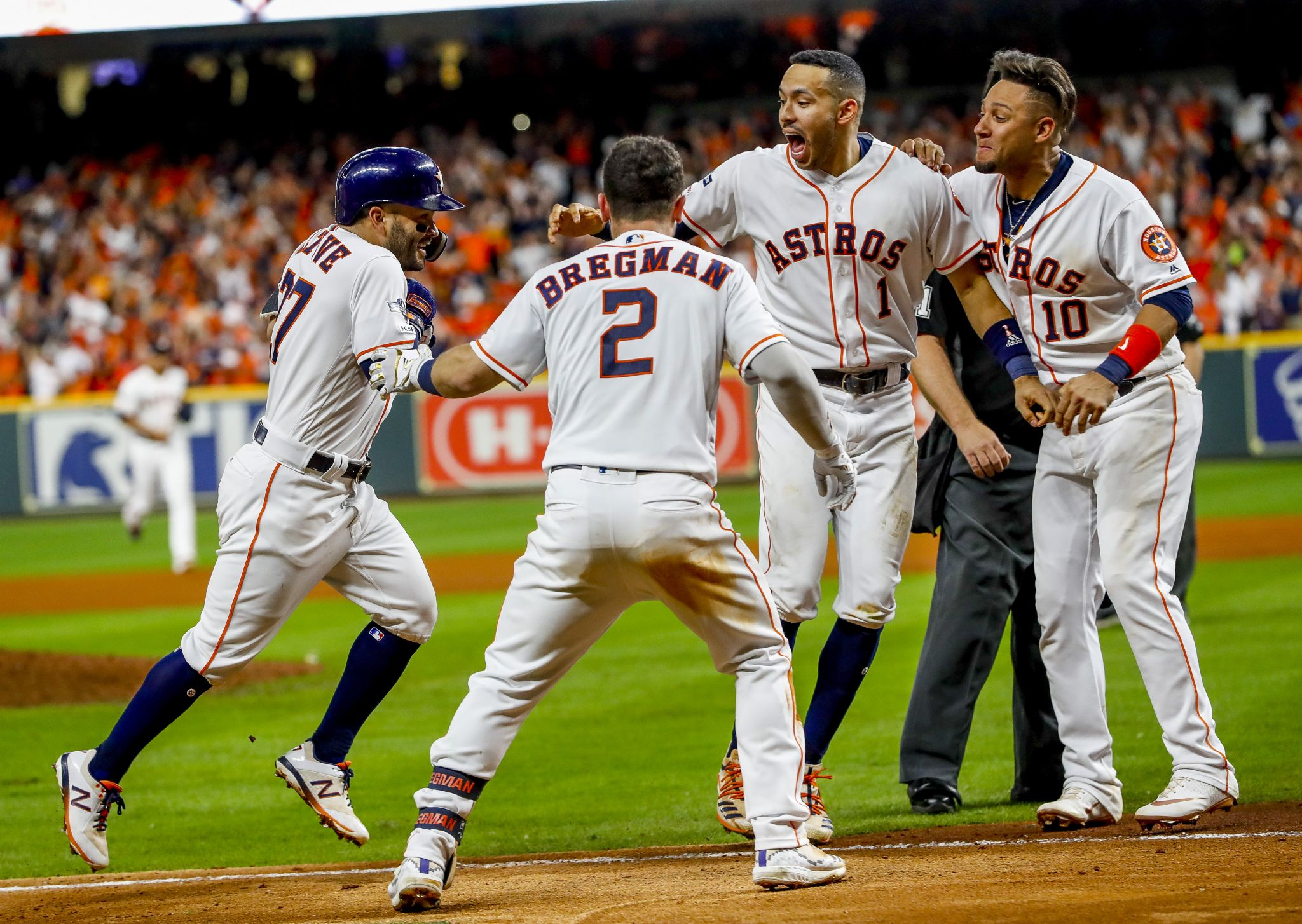 Astros: One swing, `complete mayhem,` and the AL pennant