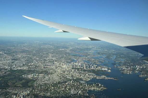 Record-breaking flight goes from New York to Sydney without stopping.