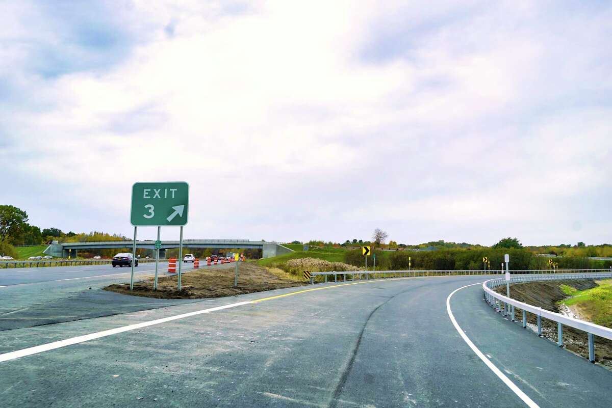 A reader asks what the rules around U-turns are at the I-87 Exit 3 intersection.
