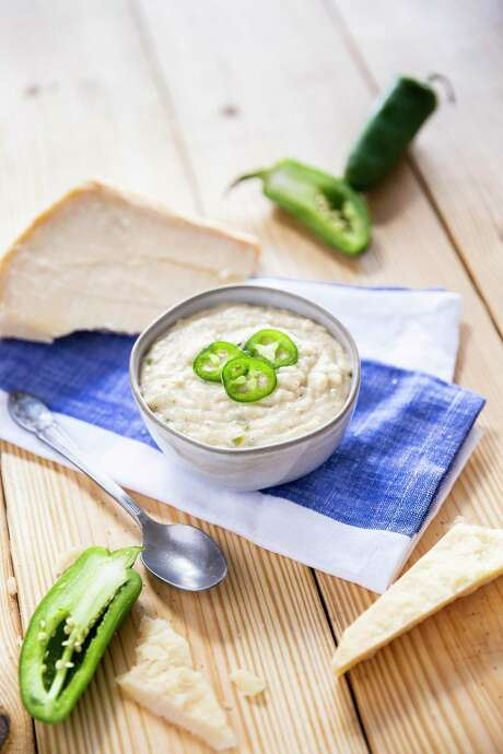 Jalapeno popper grits from Rachael Ray's collaboration with Uber Eats.