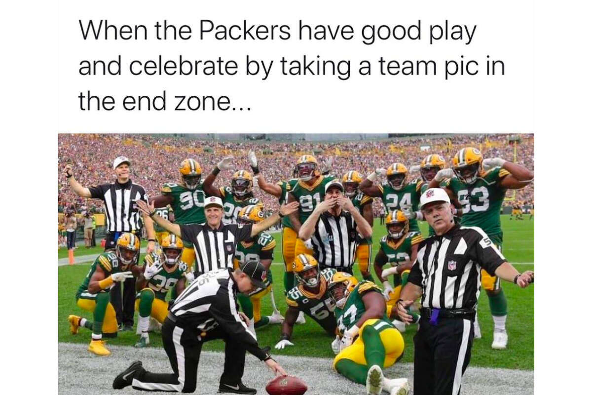 49ers and Raiders fans posted memes online from week 7 of the NFL.