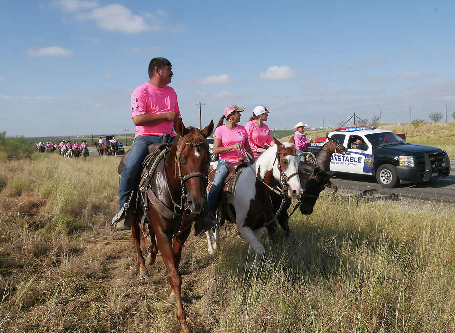 The Brush Country Trail Riders Inc., hosted the 14th Annual Breast Cancer Awareness Trail Ride along Highway 59 from LIFE Downs to the Hurd Ranch, Saturday, October 19, 2019. One hundred and fifty riders participated in the event. Photo: Cuate Santos/Laredo Morning Times