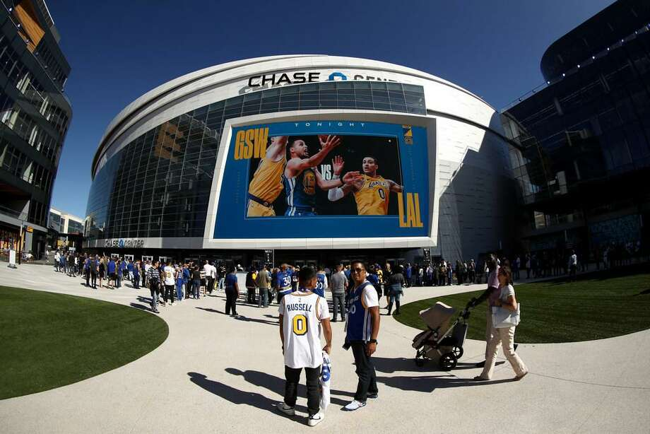 n exterior view of the Chase Center before the Golden State Warriors game against the Los Angeles Lakers on October 05, 2019 in San Francisco, California. Photo: Ezra Shaw/Getty Images