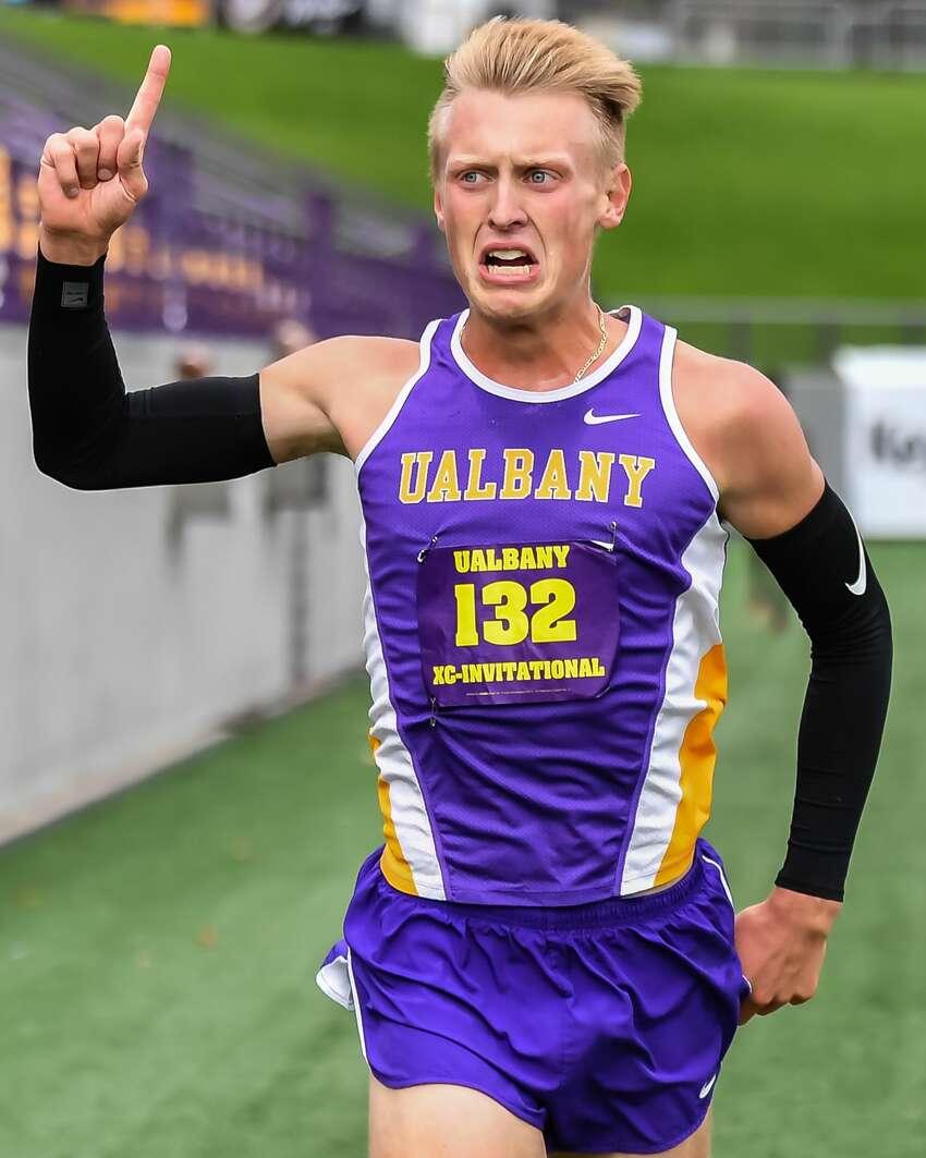 Niskayuna High graduate Charlie Ragone of the UAlbany men's cross country team. (Bill Ziskin / UAlbany Athletics)