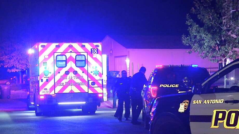 SAPD responded to an argument that led to a stabbing Monday night. Photo: Ken Branca