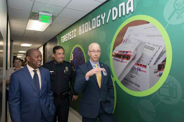 Houston Crime Lab S Move Into New Space Will Speed Up Testing Ensure Independence Officials Say Houstonchronicle Com