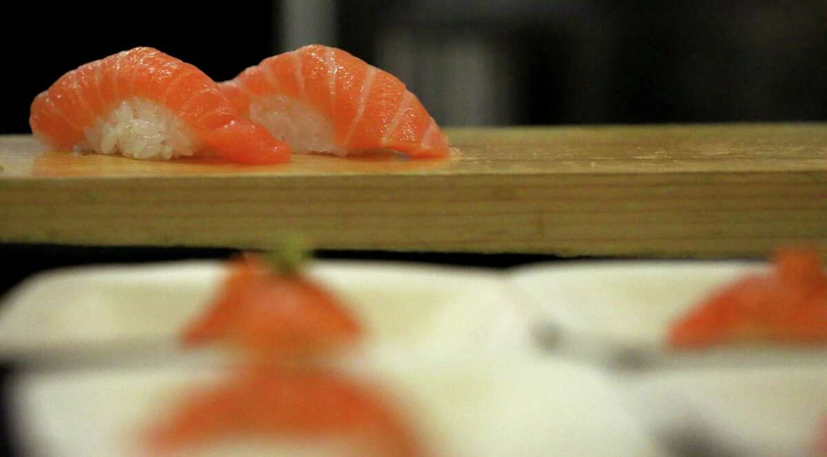 Salmon nigiri at Kuu