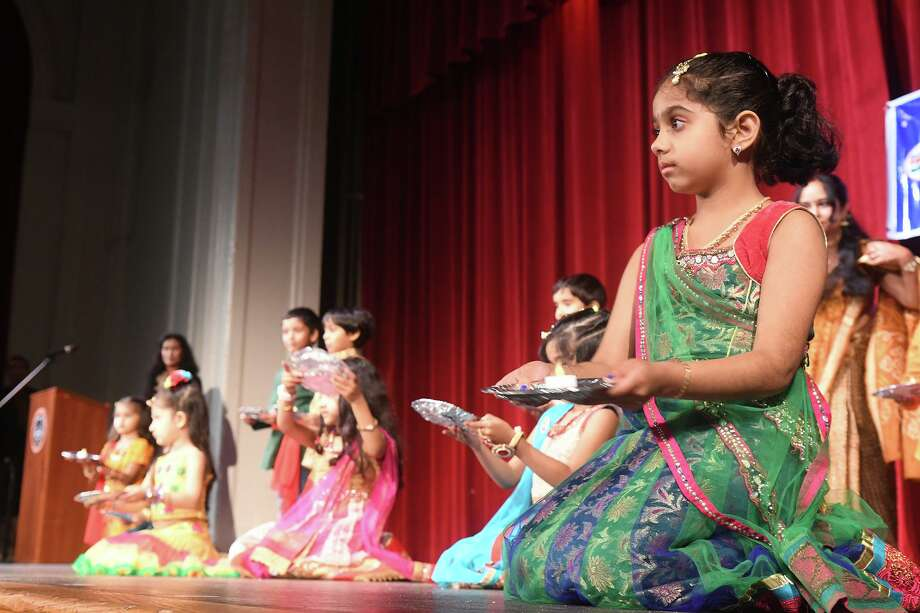 Hindi USA, a nonprofit group that has a location in Stamford, celebrates Diwali - Festival of Lights with music and dance performances and cultural activities at Stamford High School in Stamford, Conn., Oct. 21, 2016. Photo: Keelin Daly / For Hearst Connecticut Media / Stamford Advocate freelance