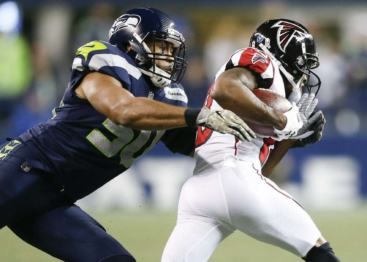 Seattle Seahawks (5-2) @ Atlanta Falcons (1-6) - Gametime: Sunday, Oct. 27, 1:00 p.m. EST Things went from bad to worse for the Falcons in Week 7, as their 37-10 blowout loss to the Rams at home also saw them lose starting quarterback Matt Ryan to an ankle injury. While the severity of the injury remains unknown for Ryan, a 1-6 start and a date with the Seahawks on the docket this week does not bode well for them trying to avoid a losing season in 2019. Frustration for the Falcons has clearly boiled over, and even running back Devonta Freeman let some of it out during Sunday's loss, as he got into a scuffle with Rams star defensive lineman Aaron Donald, which resulted in a somewhat embarrassing, now-viral moment for him. Freeman was ejected from the game, adding to the list of Falcons stars who didn't finish the contest. For the Seahawks, a trip across the country to Atlanta may actually be exactly what they need, as they look to rebound from just their second loss of the season. Seattle was stunned by Lamar Jackson and the Ravens, losing 30-16 at CenturyLink Field. They were gashed by Jackson's rushing ability, and surrendered 116 yards and a score on the ground to the dual-threat quarterback, while their own versatile signal caller, Russell Wilson, was held in check by the Baltimore defense. With the health of Ryan up in the air, the Seahawks could be facing Matt Schaub, who is a capable backup. Still, it may not matter. The Falcons defense is a mess and facing a Seahawks team averaging nearly 400 yards of offense...